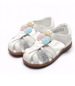 夏天将至 属于小公主的凉鞋备起来