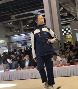 恭喜弘博士2019上海国际校服园服展览会获大奖啦