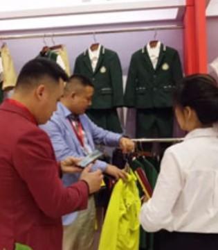 巴迪小虎 用优质和时尚添彩上海国际校服・园服展览会