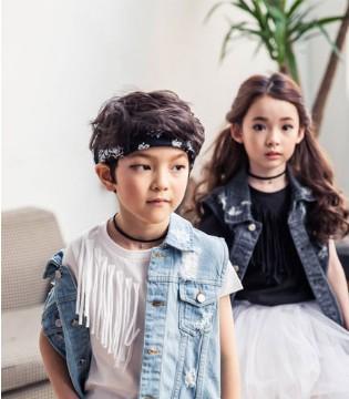 加盟选择什么品牌好 当然是小神童童装啦