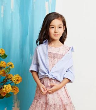 源自法国的设计理念 泡泡噜童装值得加盟!