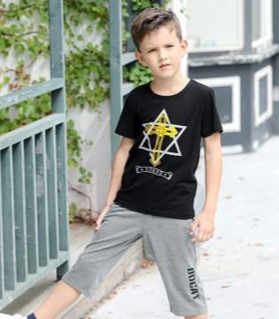 童装装品牌加盟 小神童品牌让你获取更多的营利