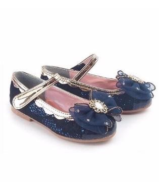 甜美公主鞋 打造小宝贝的优雅风度