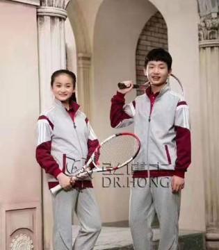 有一家校服品牌是叫弘博士 它可不一般哟!