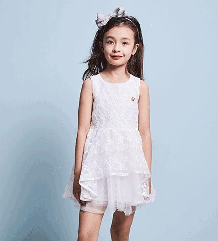 暇步士童装/宝贝的衣柜 需要美丽的纱裙点缀