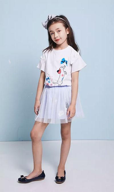暇步士童装/炎炎夏日 穿的舒服也可以很时尚