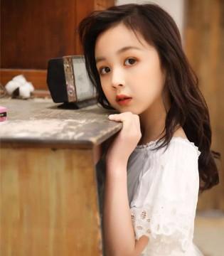 韩米娜风尚 520丨 爱你千千万万遍