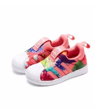 潮童经典时髦运动鞋 装扮宝贝美好童年