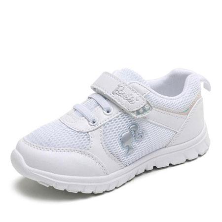 夏日时尚小白鞋 让宝贝穿出青春活力感