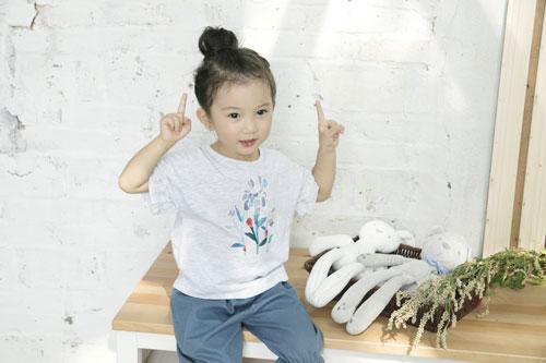 宝贝巴迪/拉珐咪啦童装  尽显宝贝的潮流活力