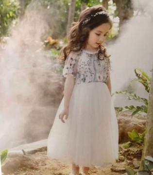 魔方夏季新品 轻松展现宝贝的甜美可爱