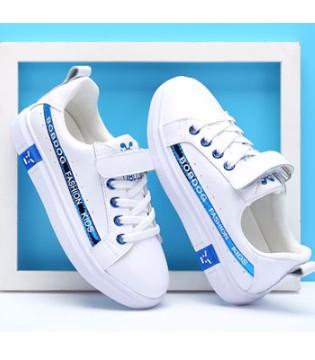 巴布豆小白鞋 让孩子在夏日行走更舒适