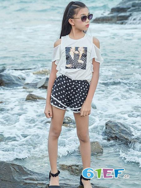 拉斐贝贝女童新品 爱美意识要从小培养