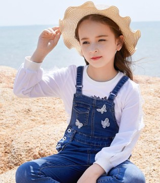 可趣可奇童装  致力于打造中国快时尚童装品牌