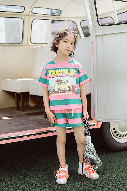 欧卡星童装品牌 小清新风格带你领悟不一样的优美