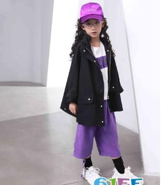 孩子装扮不仅是乐趣 而是追遂服装内在的文化