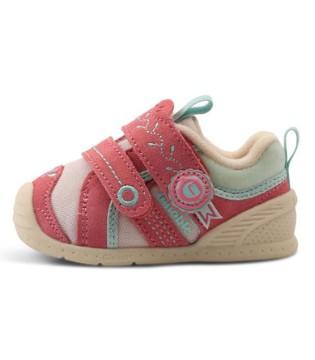 为宝宝选鞋你选对了吗   记住这几点才能选到好鞋