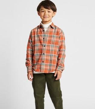 优衣库国际童装经典格子衬衫 让孩子的童年潮向未来
