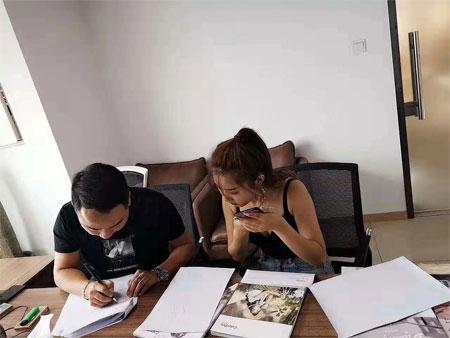 彩色笔新潮彩票首页新潮彩票app 强势入驻四川洪雅县