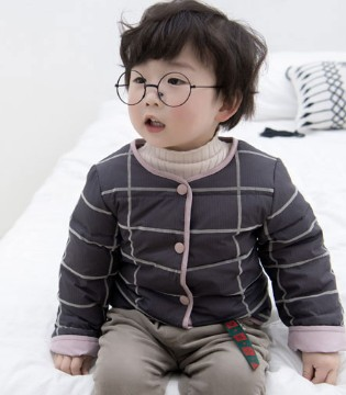 秋冬出行 温暖有型的波波龙童装外套为宝宝保驾护航