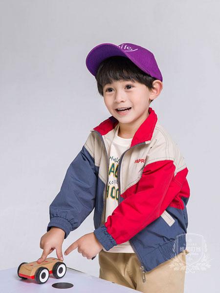 维尼叮当童装棒球服 早秋潮流趋势