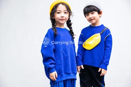 秋冬季时尚童装上线 抢先了解季节时尚服装