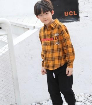 班吉鹿童装格纹衬衫 造出阳光帅气小型男
