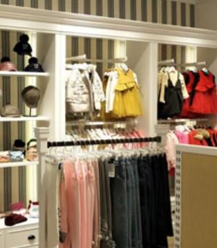 英伦风格的伊顿童装品牌实体店要怎样吸引客户进店?