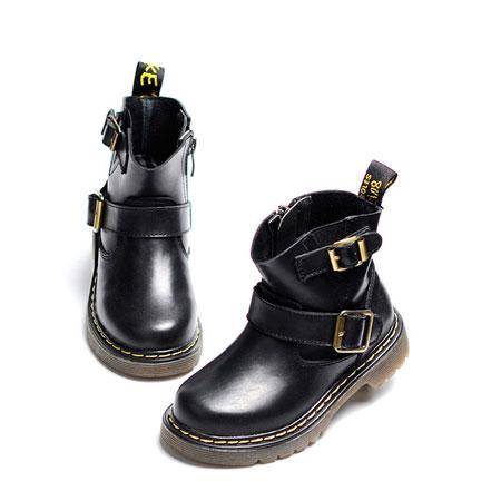 挑好儿童马丁靴  耍酷就是这么简单!