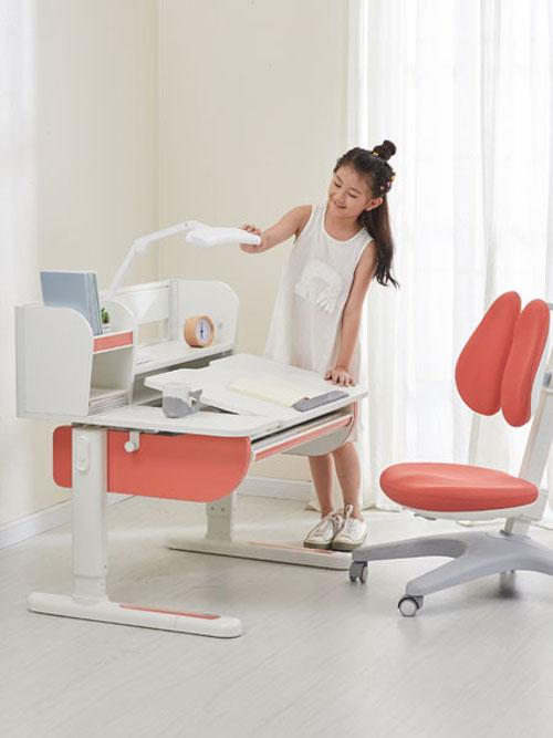 享�W���W�桌椅 ��W�效率事倍功半!