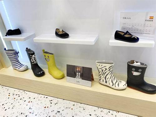 ALA COFLY常州购物中心店开幕 邀您体验童鞋舒适之旅!