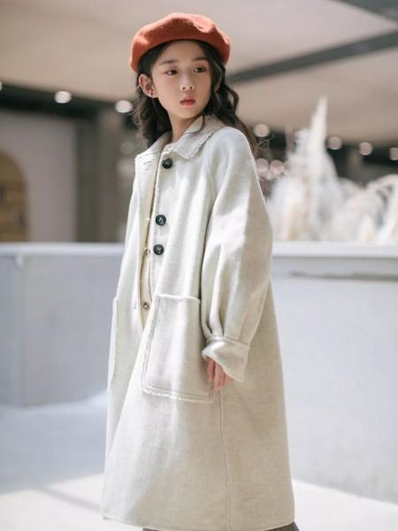 Outride越也  童装品牌2019秋冬新品米色毛呢外套