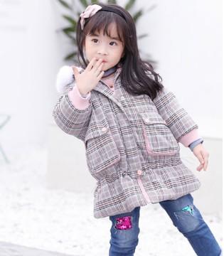 用新衣领跑众人的时尚攻略 暖心外套带你完美过冬