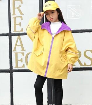 儿童冬季保暖新装备 羽绒服冲在寒冷一线