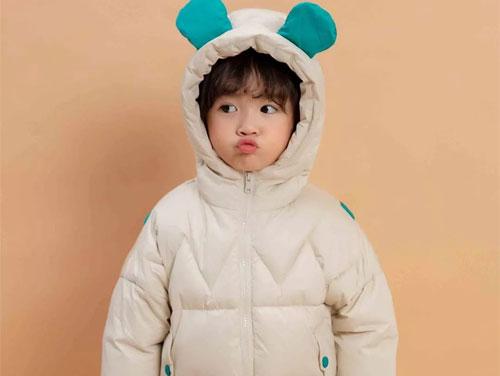 小鬼当家童装温暖随行 给宝贝最温暖的呵护