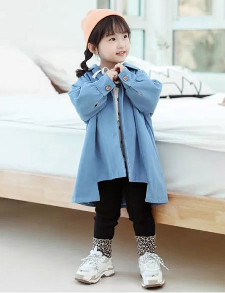 成功的开始 蒂萨纳贵阳时尚童装形象店开业!