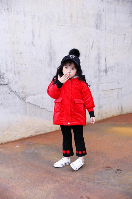 穿上欧米源 让你在这个冬天感受不一样的红