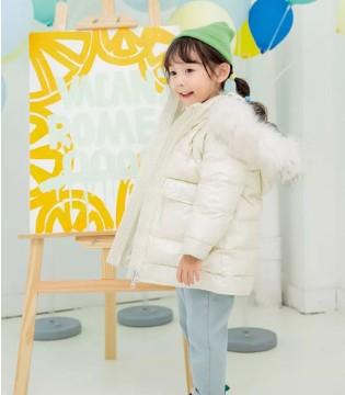 冬季穿搭安利 时尚保暖的装备让玩雪更加畅快