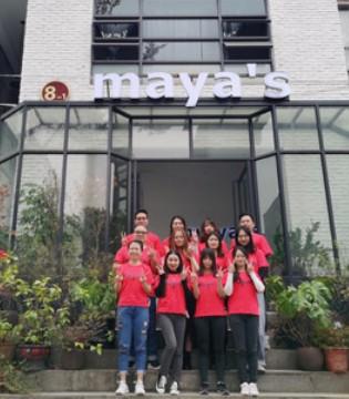 新春将至 maya's全体员工在此预祝大家春节快乐