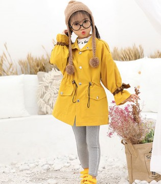 新春将至!班吉鹿童装亮黄色衣衣让你轻松成为焦点