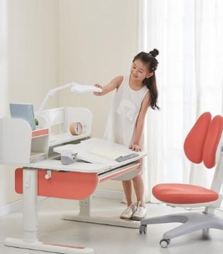 为什么您的孩子极需一款电动学习桌
