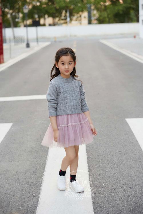 童年的憧憬 穿上公主的裙装 美得如此与众不同
