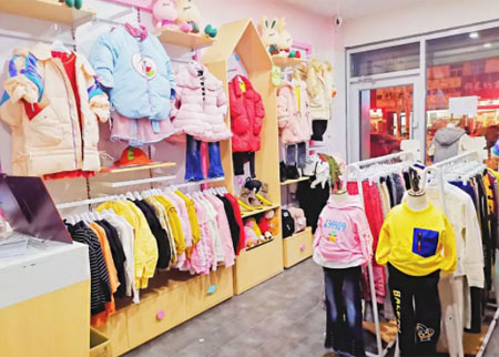热烈祝贺马先生的芭乐兔童装加盟店开业大吉!