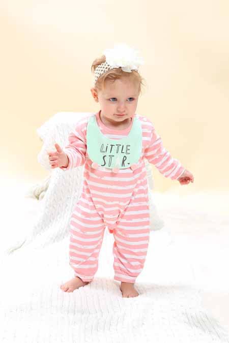 选择自然健康的睡衣更有利于孩子的成长