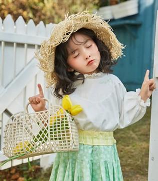 早春衬衫怎样穿 跟着哈沐这样搭超时髦!