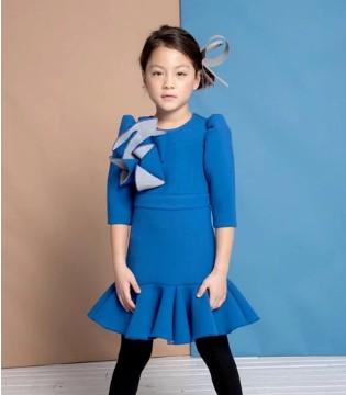学会叠穿连衣裙  让你更加的时髦优雅