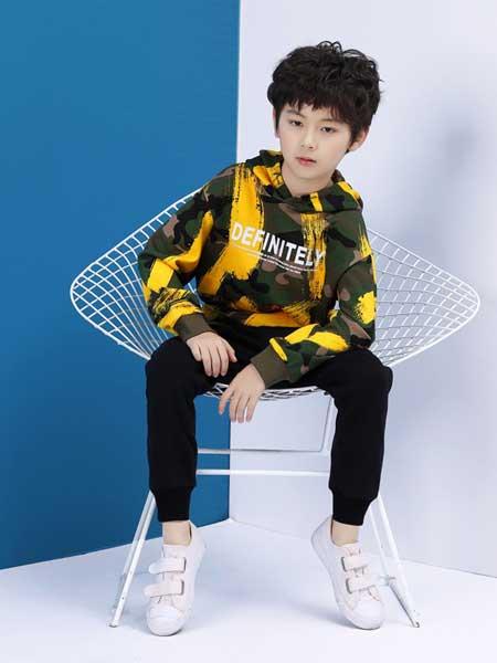 男孩子穿搭参考:基础款如何穿出时尚感