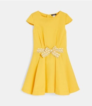 一条连衣裙 让你体验法式风情的浪漫