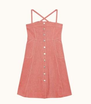 时髦的连衣裙 让你轻松穿出青春的感觉
