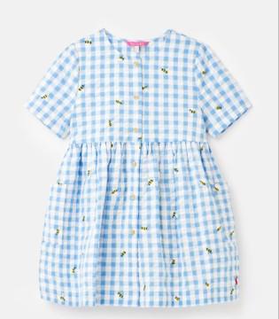 温柔优雅的连衣裙 让你百搭穿不腻